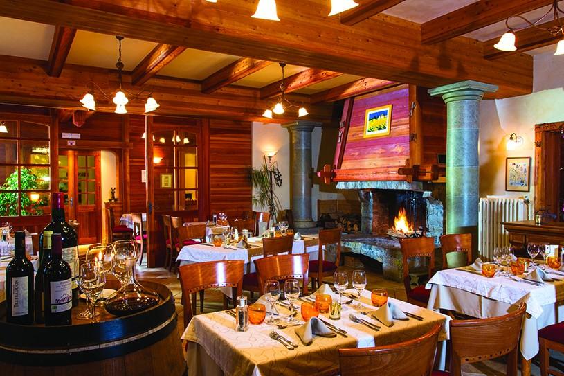 Photo de l'entreprise : Hôtel Restaurant Les Peupliers